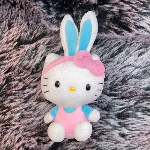 🎀HELLO KITTY Easter Bunny by SANRIO